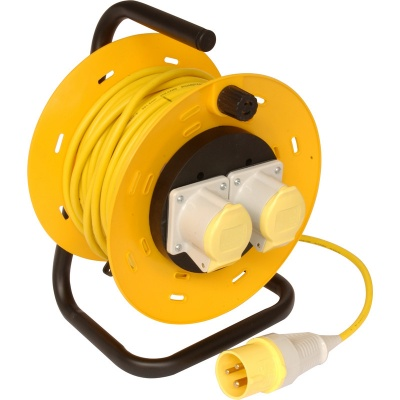 Extension lead 110 volt  1.5 square cable 25 meter extension reel
