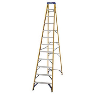 WERNER FIBREGLASS STEPLADDER 12 Thread