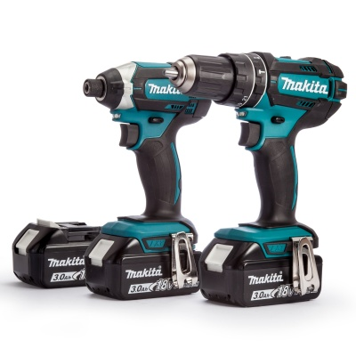 Makita DLX2131JX1 2 Piece Cordless Kit 18V DHP482 + DTD152 (3 x 3 0Ah  Batteries) and fast charger